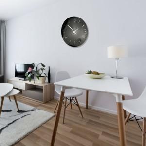 Luxusné nástenné hodiny do obývačky v čiernej farbe