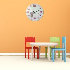 Detské hodiny na stenu pre dievčatá v bielej farbe a ružovým ciferníkom