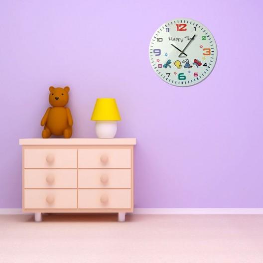 Biele detské hodiny na stenu so zvieratkami