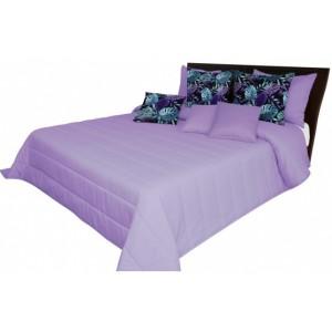 Svetlo fialový prehoz na posteľ