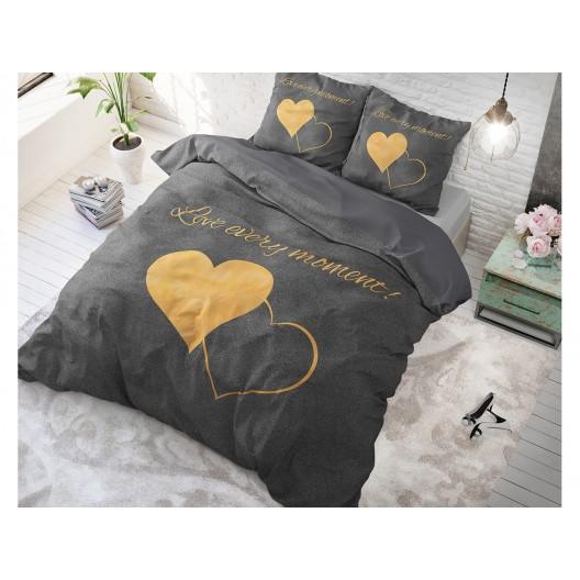 Romantické posteľné návliečky so žltými srdciami EVERY MOMENT