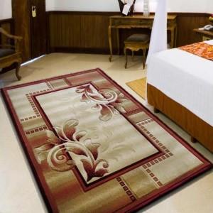 Červený koberec do obývačky v tvare obdĺžnika