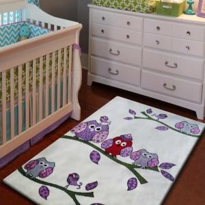 Krémový koberec pre deti s vtáčikmi