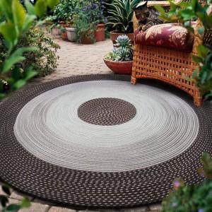 Hnedo béžový kvalitný okrúhly koberec na chodbu