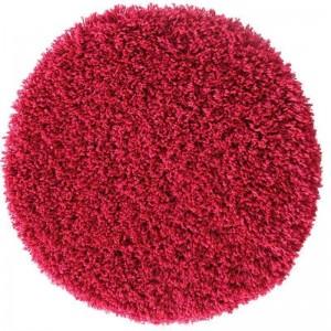 Červené koberce shaggy