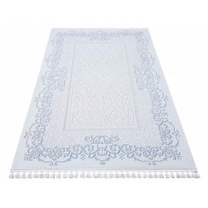 Luxusný kusový koberec so strapcami na okrajoch