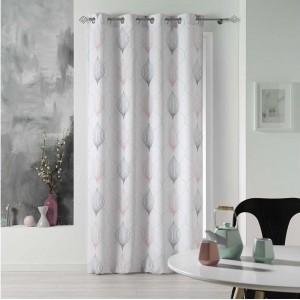 Biele závesy na okná s jemným vzorom