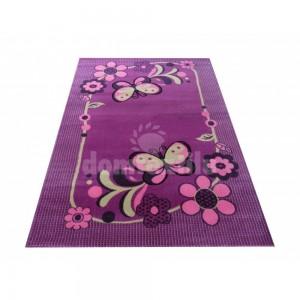 Fialový detský koberec s motýlikmi
