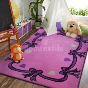 Ružový koberec s mašličkami pre dievčatá