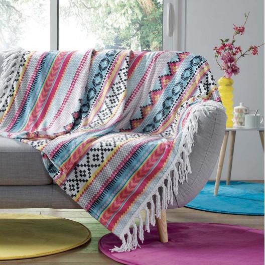 Kvalitná farebná deka so strapcami na okraji HOMEA
