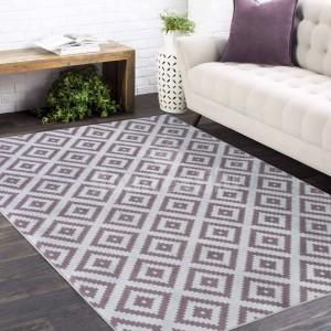 Kusový koberec v béžovej farbe s ornamentom