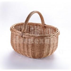 Tradičný pletený košík na Veľkú noc