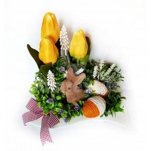 Veľkonočná dekorácia v keramickej miske so zajačikom