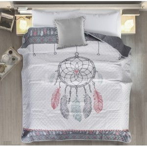 Moderný prehoz na posteľ s farebnou potlačou