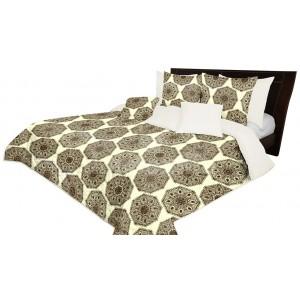 Obojstranný prehoz na posteľ s ornamentom