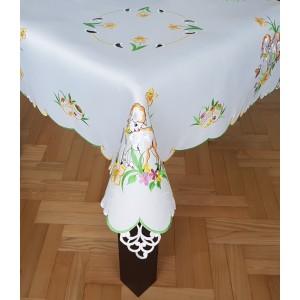 Vyšívaný Veľkonočný obrus s motívom barančeka