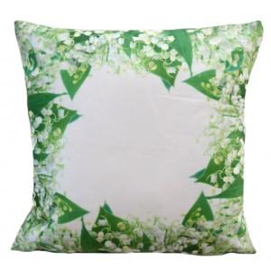 Zelená dekoračná obliečka s motívom kvetov