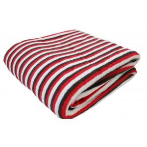 Ľahká letná deka s pásikavým vzorom červeno čiernej farby