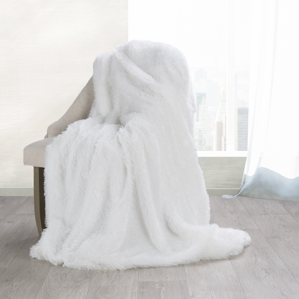 DomTextilu Príjemne mäkká deka bielej farby Šírka: 70 cm | Dĺžka: 160 cm 13998-104326