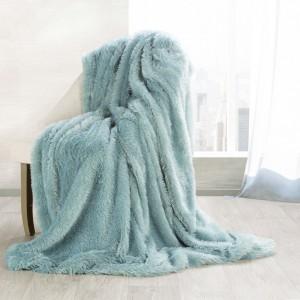 Luxusná chlpatá deka mätovo zelenej farby
