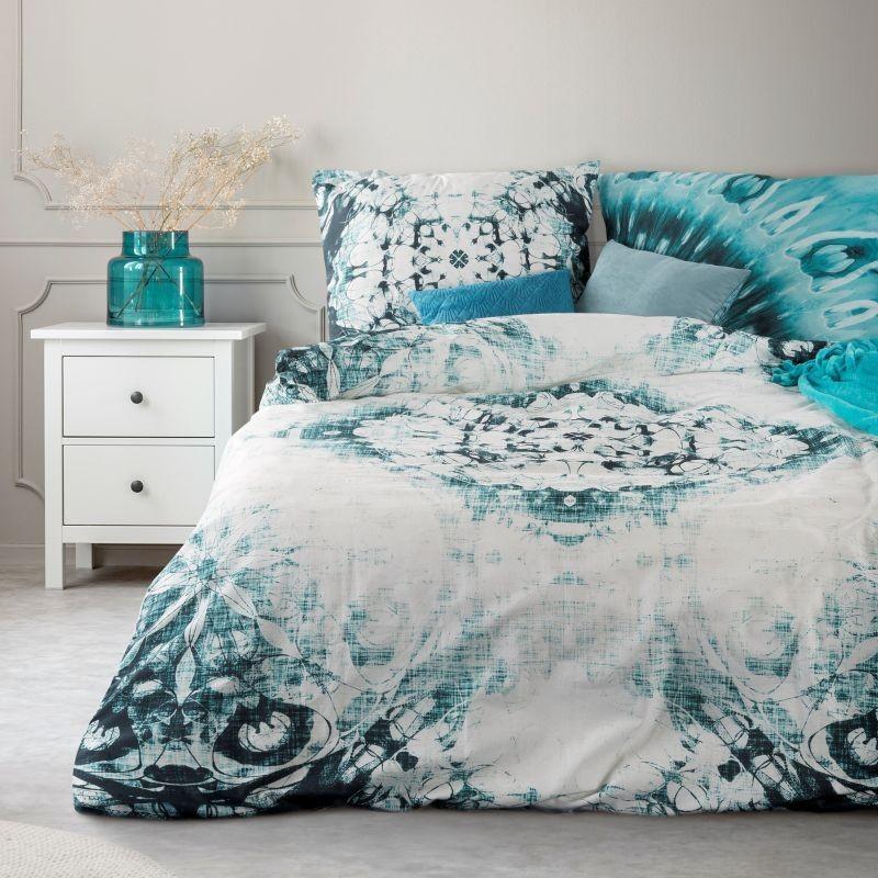 DomTextilu Moderné posteľné prádlo z bavlny s motívom tyrkysovej farby 3 časti: 1ks 160 cmx200 + 2ks 70 cmx80 Tyrkysová 14068-41183
