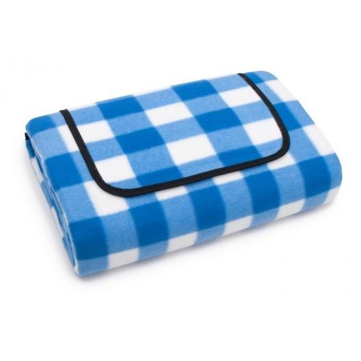Modrá kockovaná deka na pláž