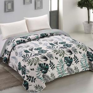 Luxusný obojstranný prehoz na posteľ s exotickým motívom