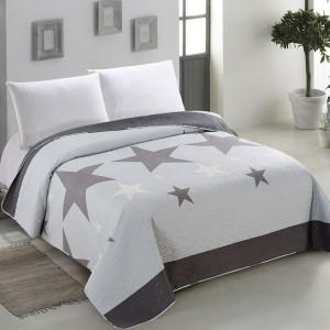 Originálny obojstranný prehoz na posteľ svetlo modrej farby