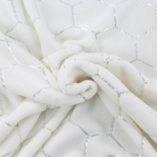 Štýlová deka s geometrickým strieborným vzorom v krémovej farbe