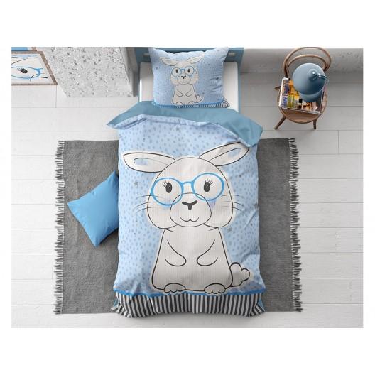 Krásna modrá detská posteľná obliečka s veľkým motívom zajaca