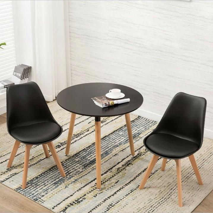 DomTextilu Kvalitná stolička v čiernej farbe do kuchyne 14634