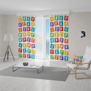 Detský záves s farebnými písmenkami