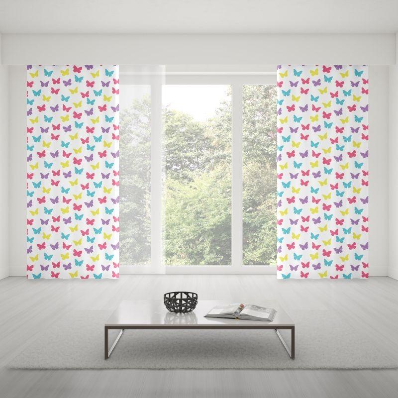 Farebné závesy šité na mieru s motýľmi do detskej izby
