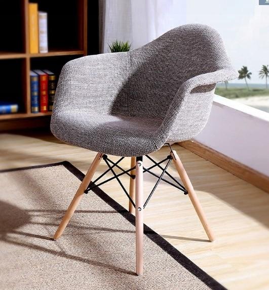 DomTextilu Pohodlná interierová stolička do jedálne sivej farby 14841