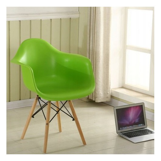 Elegantná kuchynská stolička zelenej farby