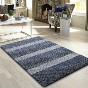 Jednoduchý koberec do spálne