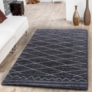 Elegantný škandinávsky koberec tmavo hnedej farby