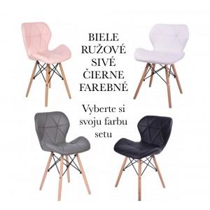 Set štyroch škandinávskych stoličeik v rôznych farbách