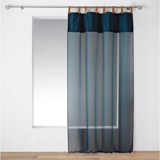 Tmavo modrá záclona s koženými putkami