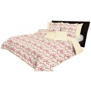 Obojstranný prehoz na posteľ krémovej farby s krásnym motívom ruží