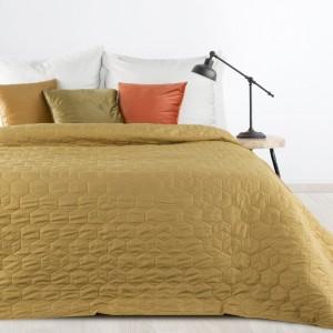 Jednofarebný olivovo zelený prehoz na postel