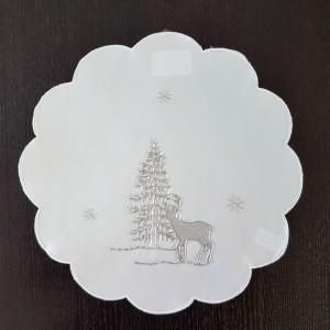 Biele vianočné prestieranie so striebornou výšivkou soba