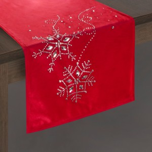 Červený dekoračný vianočný behúň na stôl