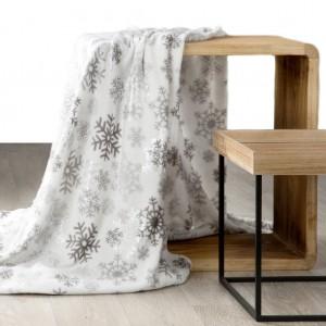 Hrejivá krémová deka s vianočným motívom snehových vločiek