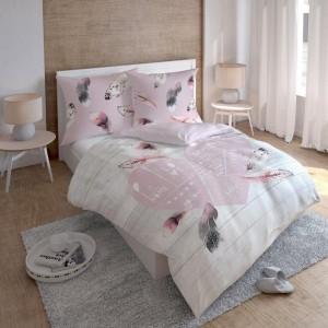 Romantické posteľné obliečky so srdiečkom a pierkami