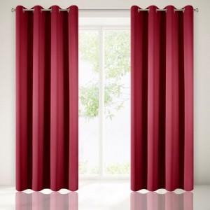 Luxusné červené dekoračné závesy do spálne