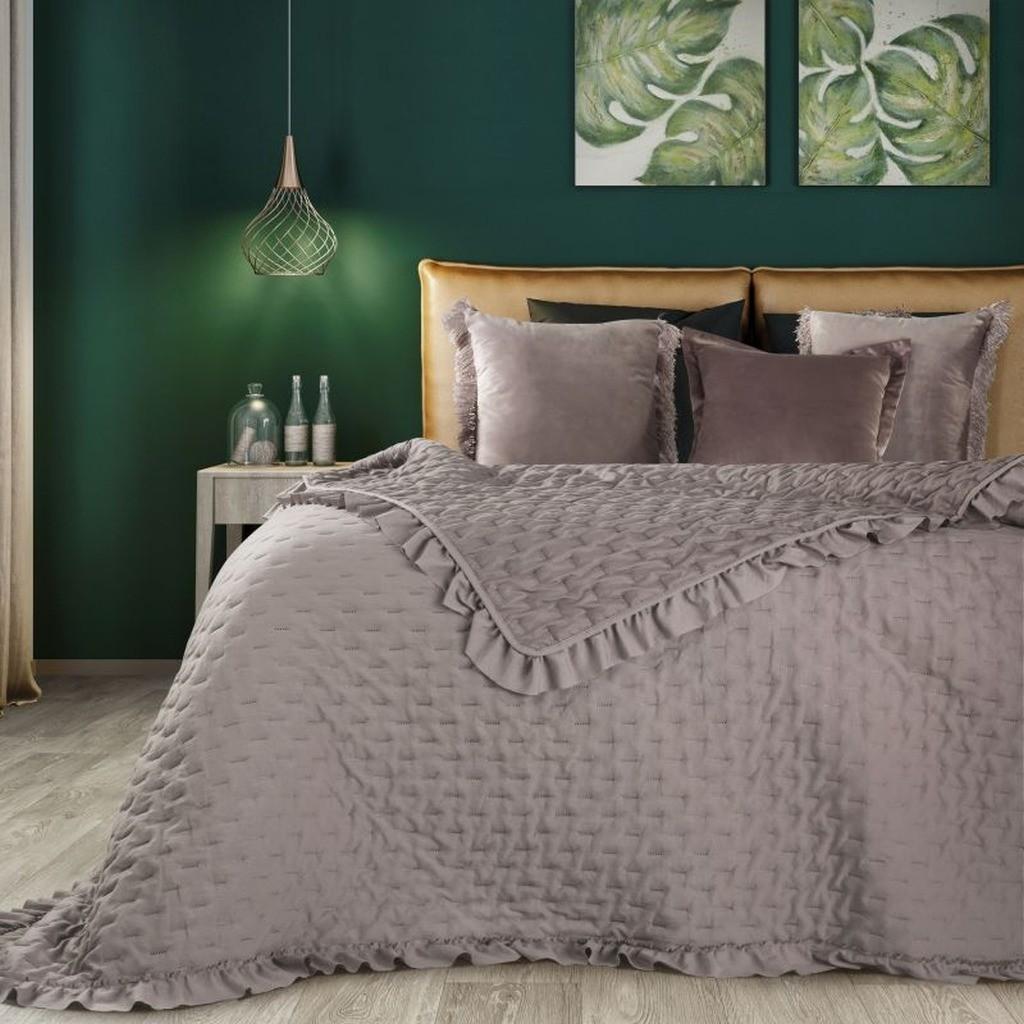 DomTextilu Béžový prehoz na posteľ s límcom Šírka: 220 cm   Dĺžka: 240 cm 16553-124233