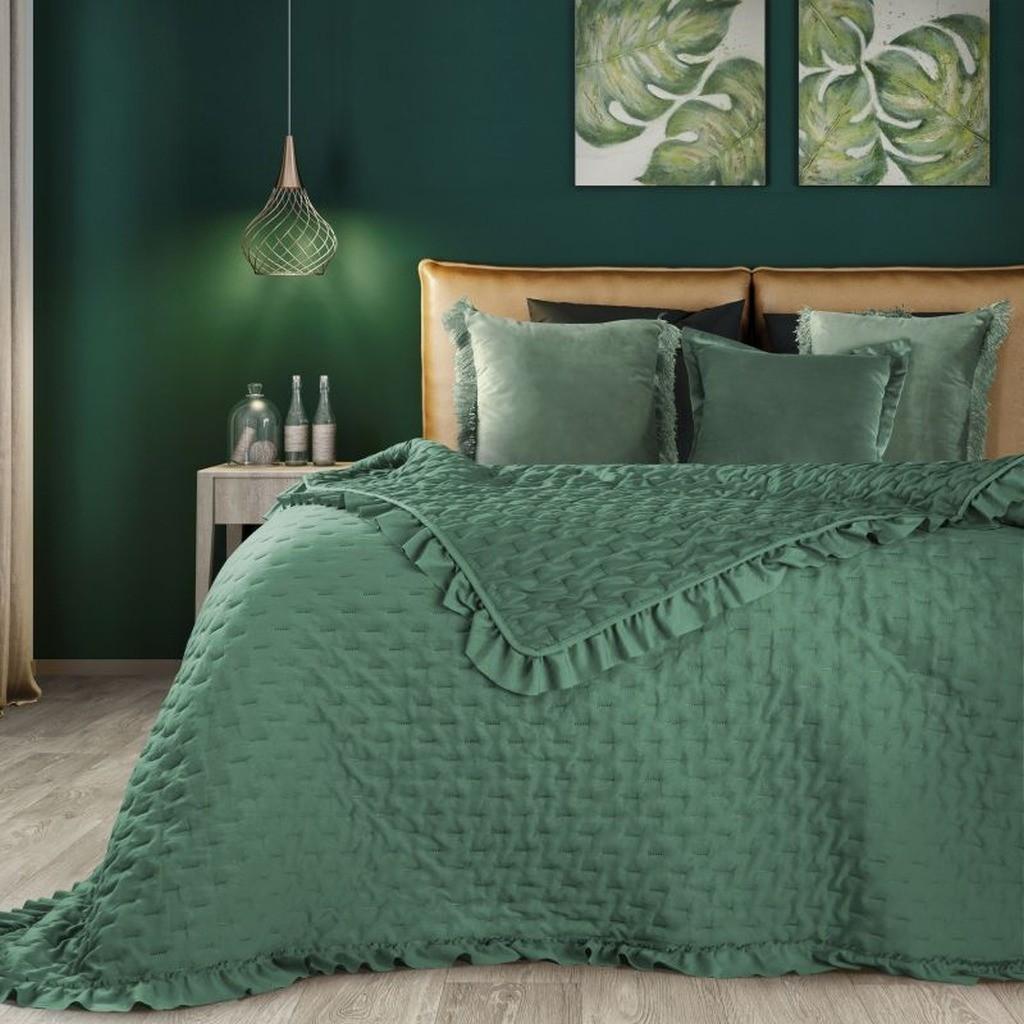 DomTextilu Zelený prehoz na posteľ v klasickom štýle Šírka: 220 cm   Dĺžka: 240 cm 16555-124237