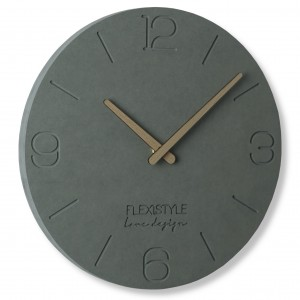 Sivé nástenné hodiny z dreva v modernom štýle