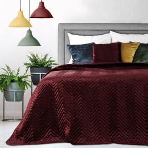 Luxusný prehoz na posteľ v bordovej farbe